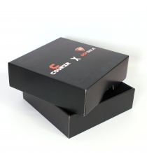 Emballage carton noir