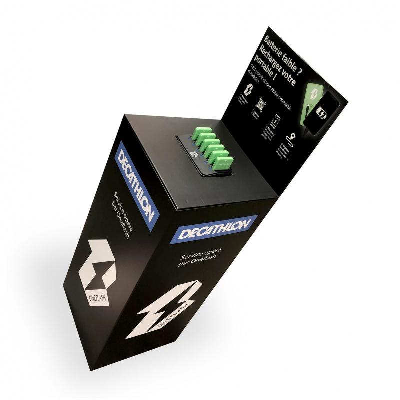 fabricant_plv_Podium en carton avec plateau magnétique