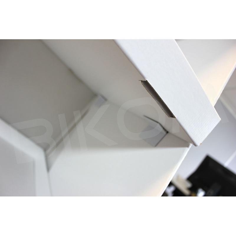 presentoir-masque-Meuble produits en carton, résistance 15kg, personnalisable