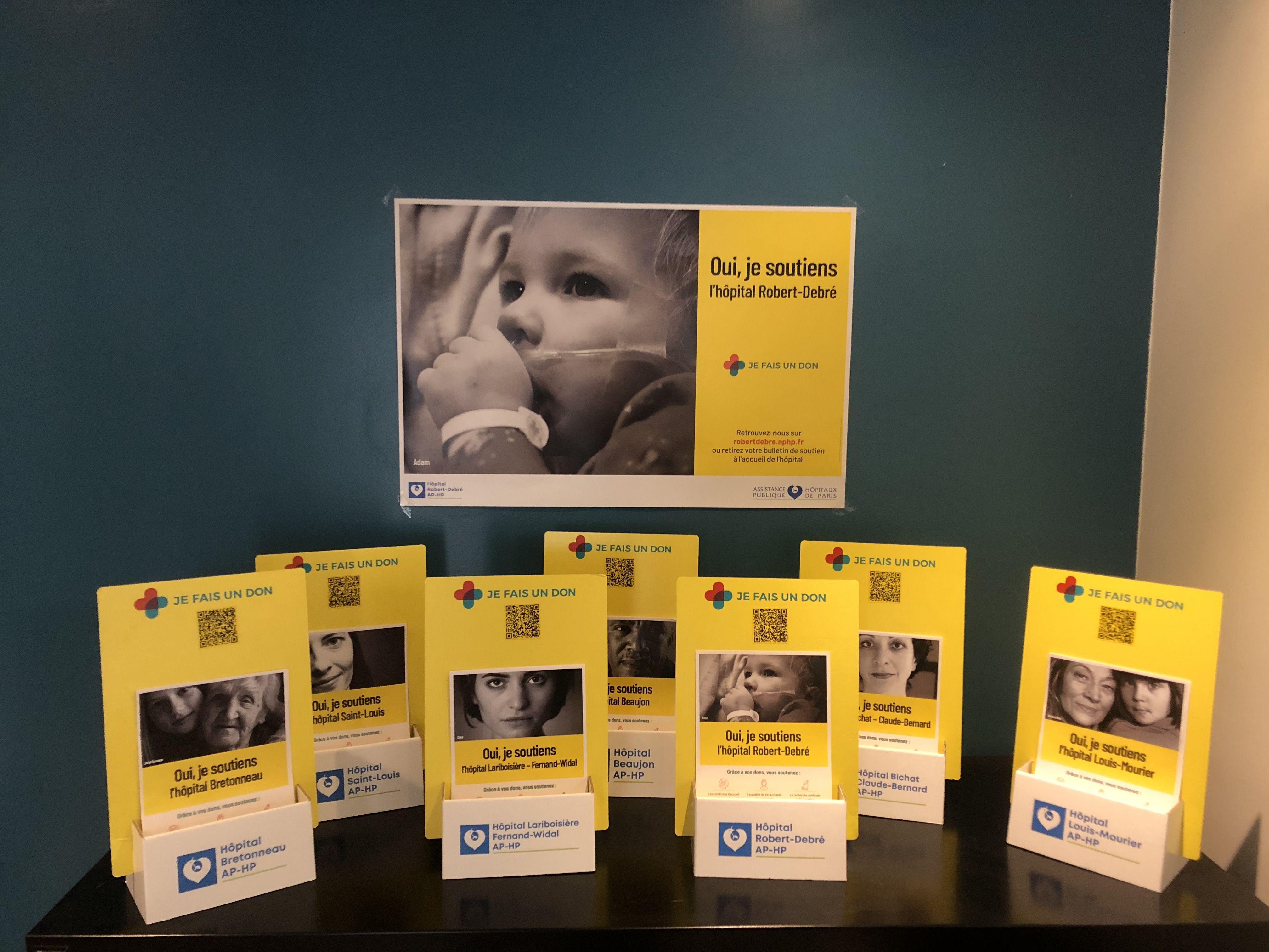 présentoirs en carton fondation AP-HP - marketing caritatif