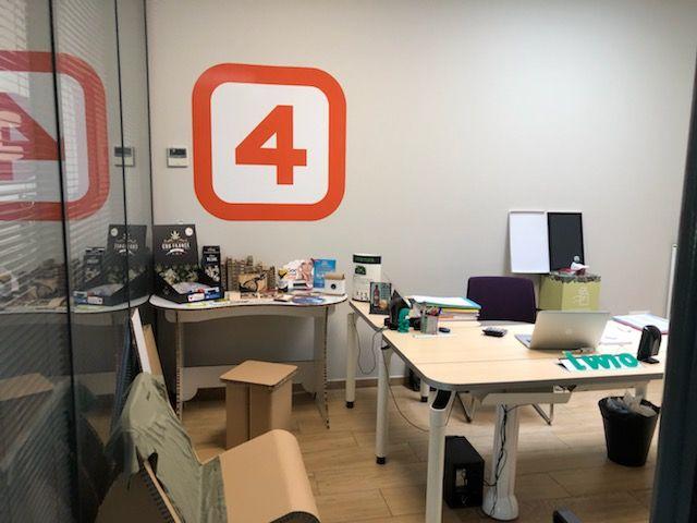 nouveau studio de création plv carton à Brodeaux